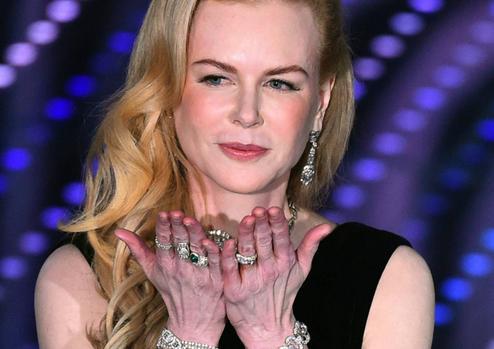 Nicole Kidmans hands